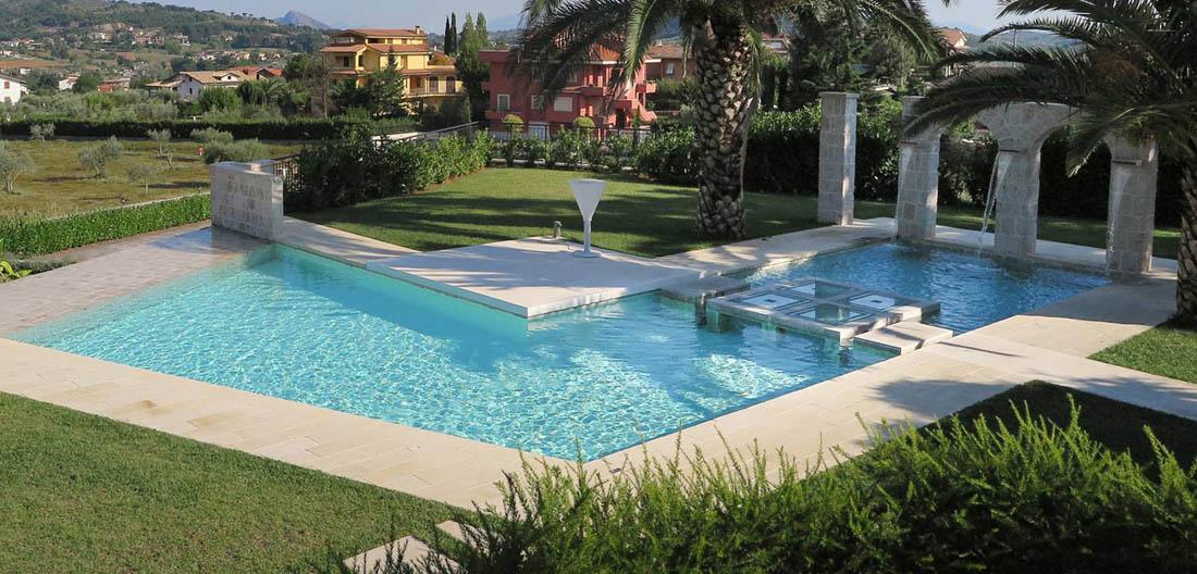 Perch avere una piscina in giardino for Piscine per giardino
