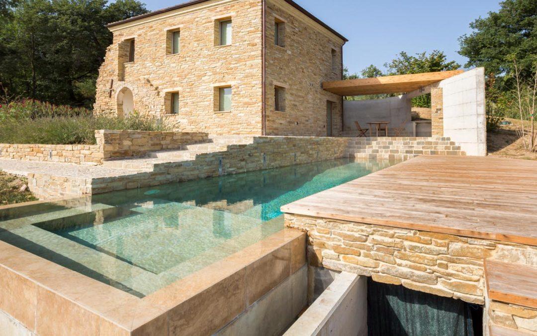 I permessi necessari per costruire piscine fuori terra