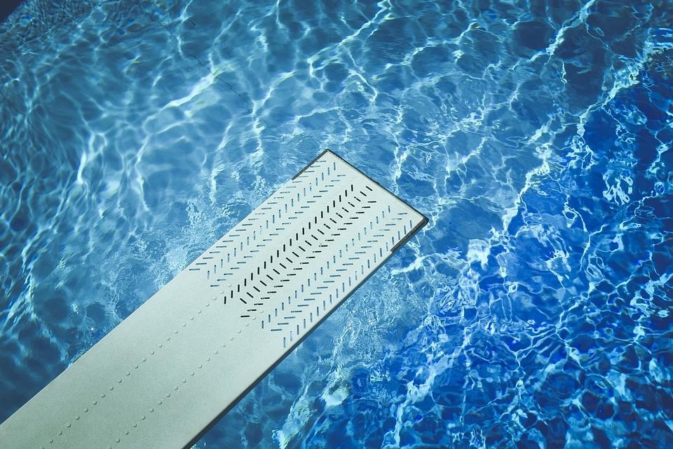 Quale sistema riscaldamento piscina scegliere?